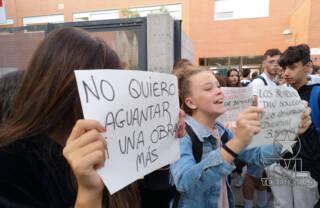 Protestas por las Obras inacabadas del IES Rafael Frühbeck de Burgos