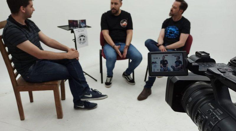 """Entrevista a Javier Bueno y Rubén Moreno """"Guile"""" del grupo La Revolución del Mono"""