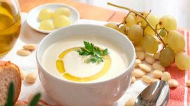 Receta de la semana: Ajoblanco, la sopa fría típica de Andalucía