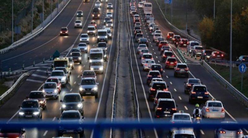 Recuerda a los conductores extremar la prudencia durante los desplazamientos estivales